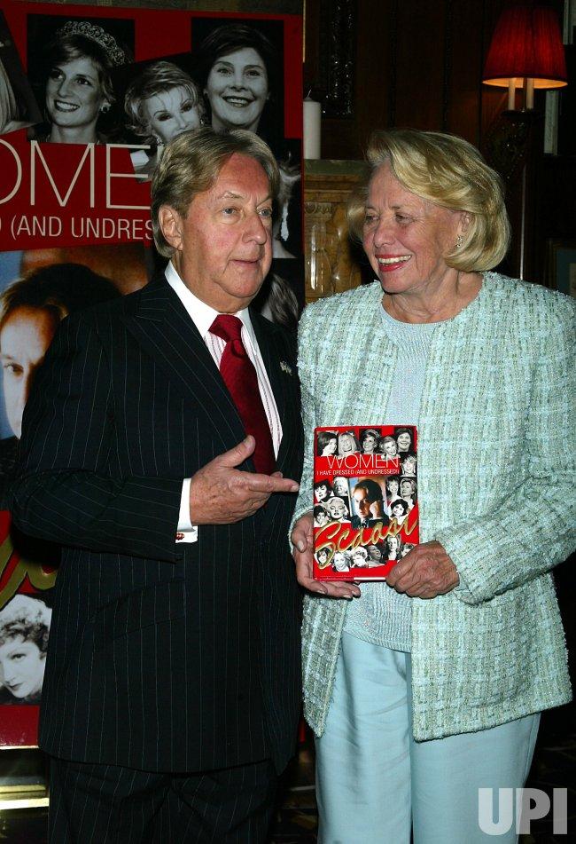 Arnold Scaasi Book Party At Le Cirque 2000 Upi