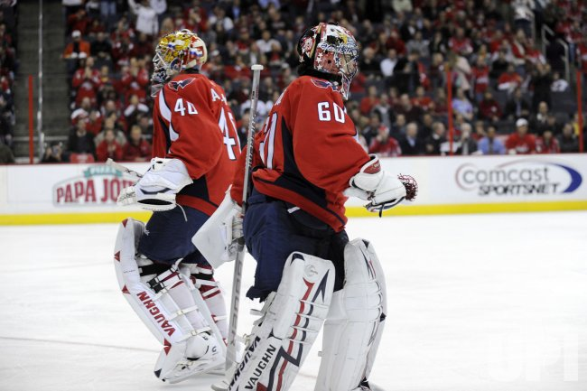Varlamov replaces Theodorein Washington, DC