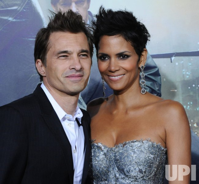 "Halle Berry and Olivier Martinez attend the ""Cloud Atlas"" premiere in Los Angeles"