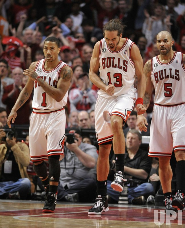 Bulls Rose, Noah and Boozer react in Chicago