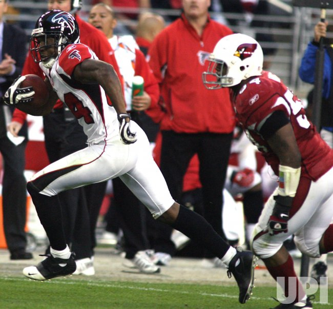 NFL Atlanta Falcons vs Arizona Cardinals in Glendale, Arizona
