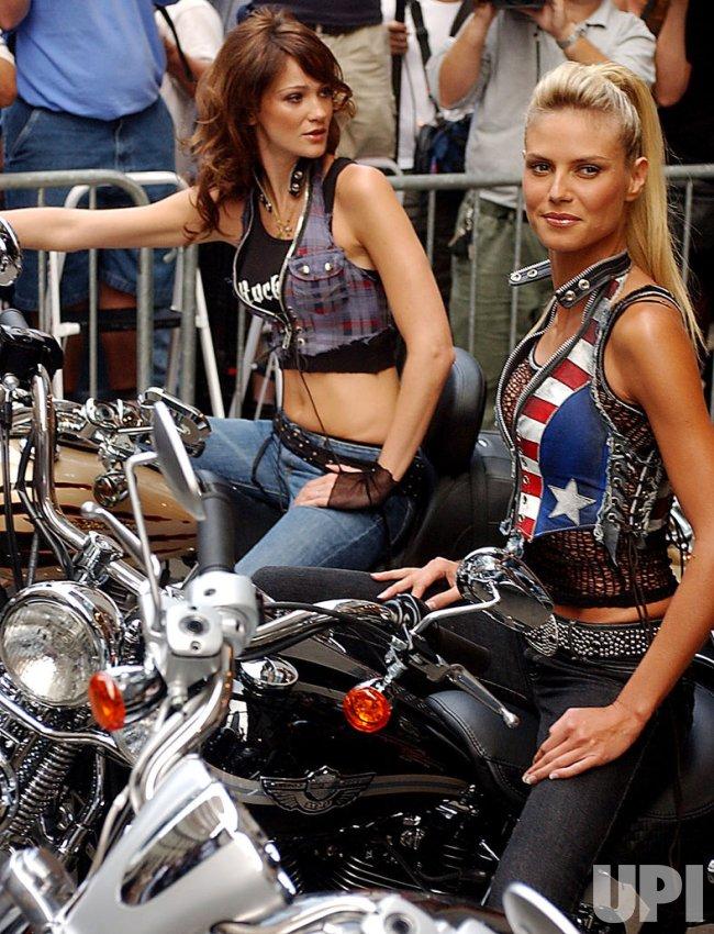 Heidi Klum, Ines Rivero, Bridget Hall launch new Victoria Secret lingerie