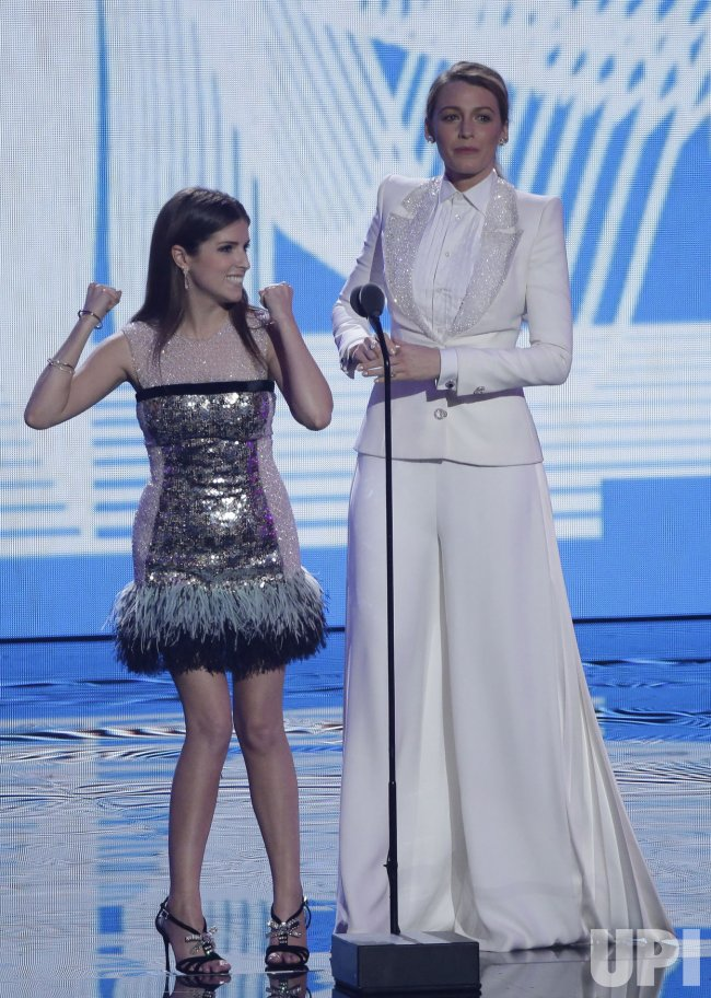 Anna Kendrick and Blake Lively during the MTV Video Music Awards in