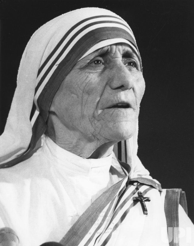Mother Teresa speaks out against abortion to the American Family Institute