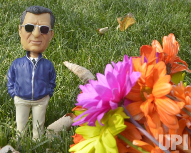 Bobble-head of Joe Paterno at Beaver Stadium in Penn State University