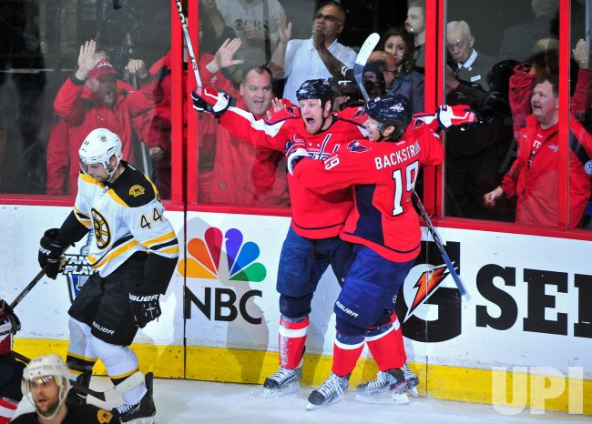 Capitals Jason Chimera celebrates in Washington