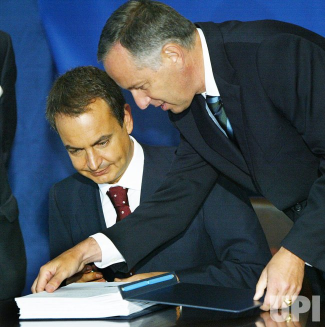 SPAIN'S PRESIDENT ZAPATERO SIGNS ANTI-NUCLEAR TERROR TREATY