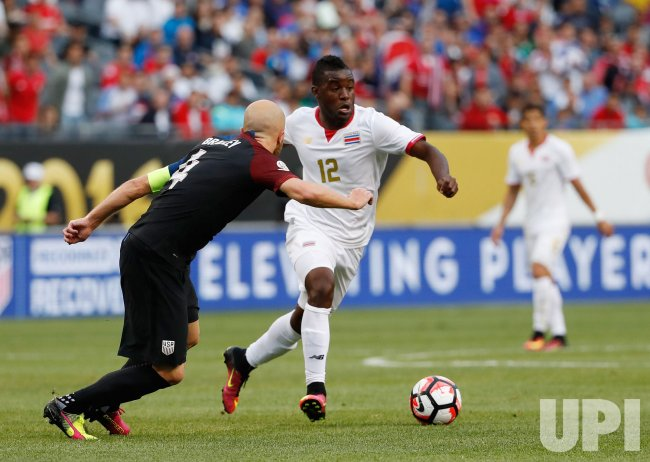 Costa Rica's Campbell and United States' Bradley play during Copa America Centario in Chicago