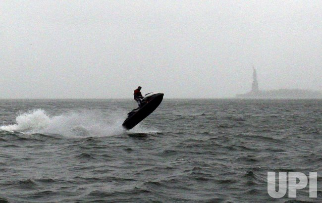 Hurricane Sandy arrives in New York City