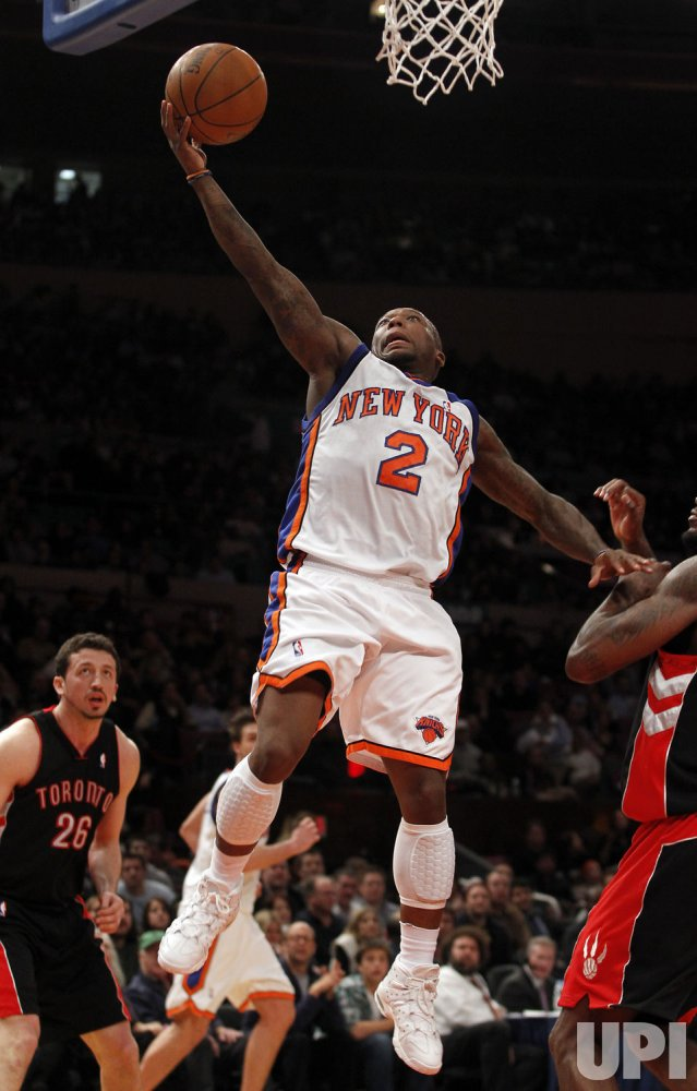 New York Knicks Nate Robinson drives to the basket at Madison Square Garden in New York