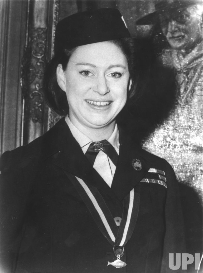Princess Margaret receives Silver Fsh ward from the Girl Guides Association