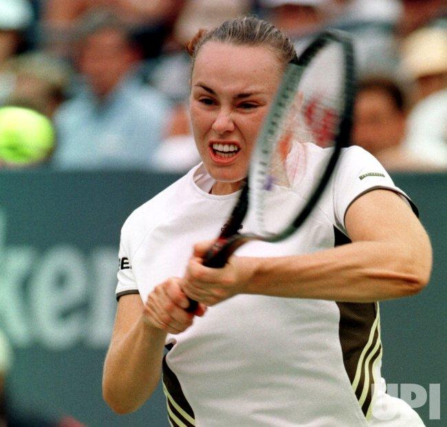 U.S. OPEN-1999---Martina Hingis vs Sandra Kloesel