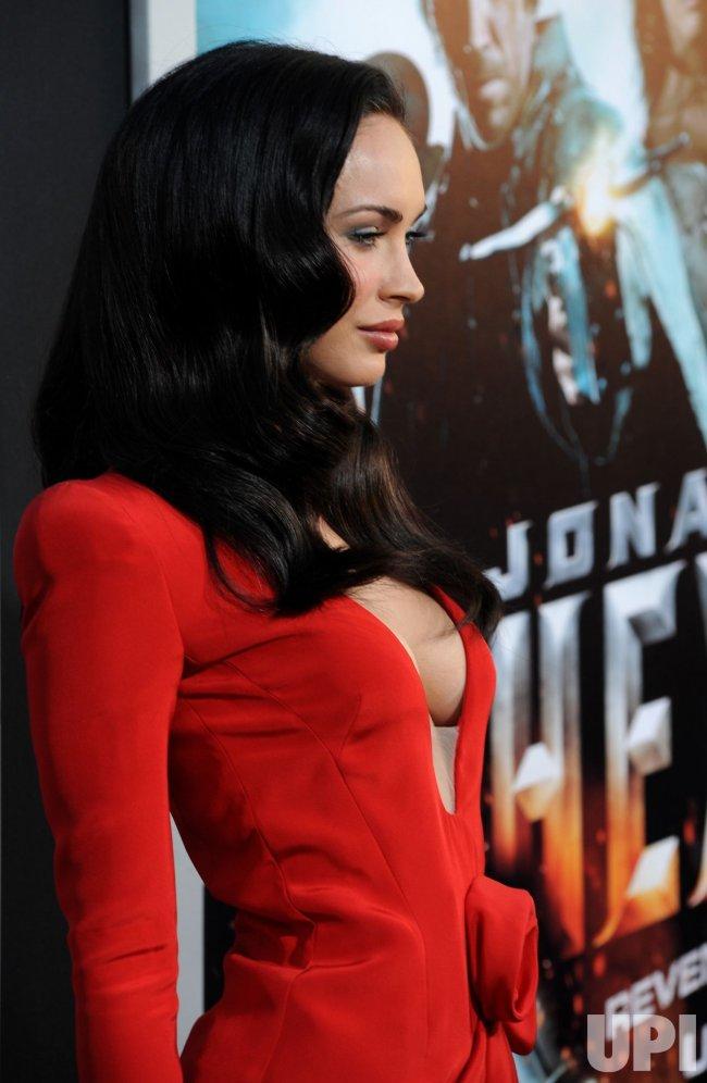 "Megan Fox attends the ""Jonah Hex"" premiere in Los Angeles"