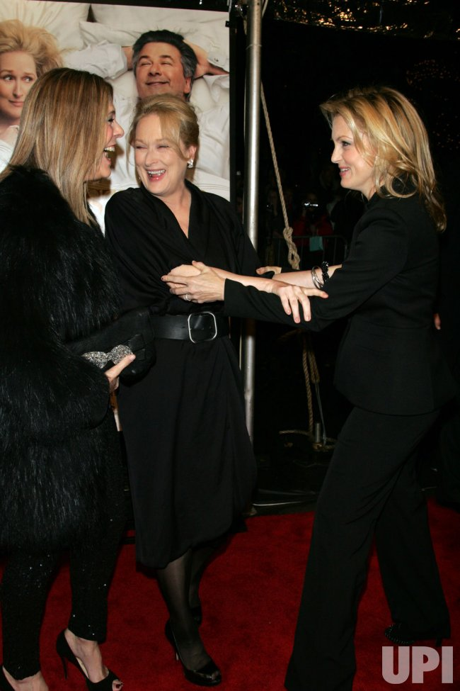 "Rita Wilson, Meryl Streep and Alexandra Wentworth arrive for the premiere of ""It's Complicated"" in New York"