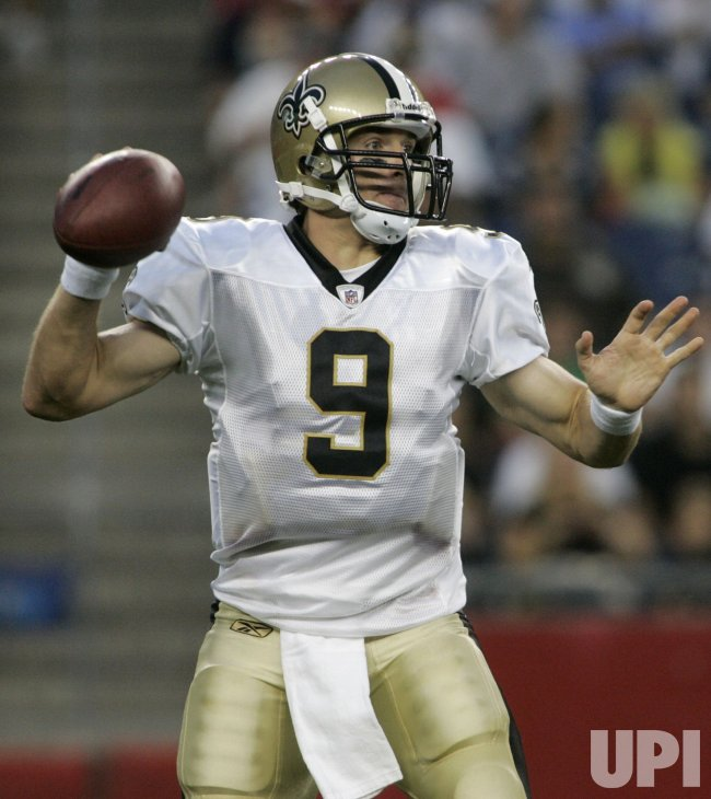 Preseason New Orleans Saints Drew Brees passes against New England Patriots