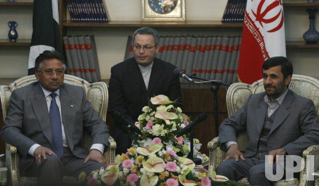 IRAN PAKISTAN AHMADINEJAD MEET WITH MUSHARRAF