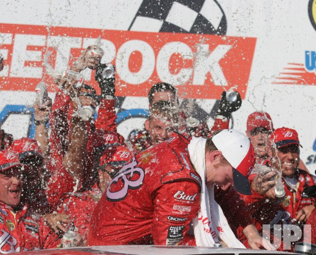 DALE EARNHARDT JR. WINS USG SHEETROCK 400 IN JOLIET,IL