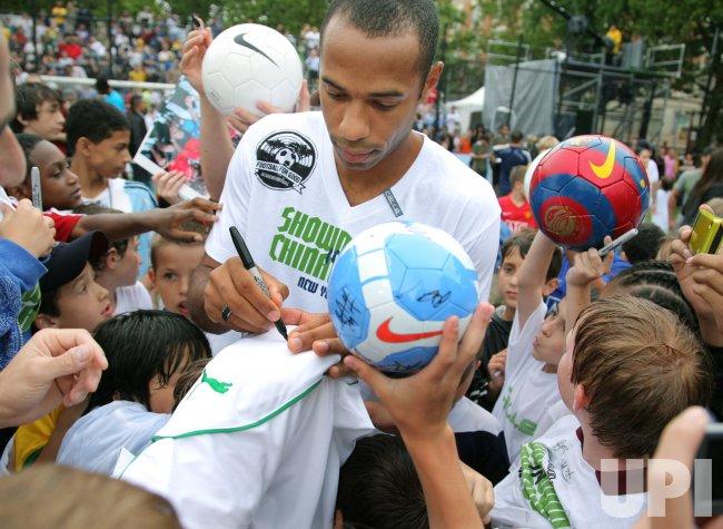 2009 Showdown in Chinatown benefit soccer match held in New York