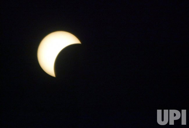 THE SOLAR ECLIPSE IN GAZA.