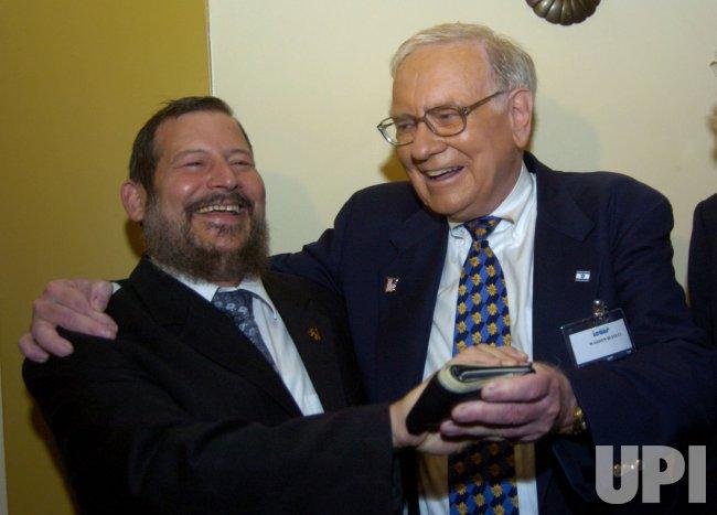 INVESTOR WARREN BUFFETT AT THE KING DAVID HOTEL IN JERUSALEM