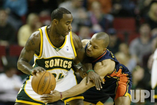 GOLDEN STATE WARIORS VS SEATTLE SUPERSONICS