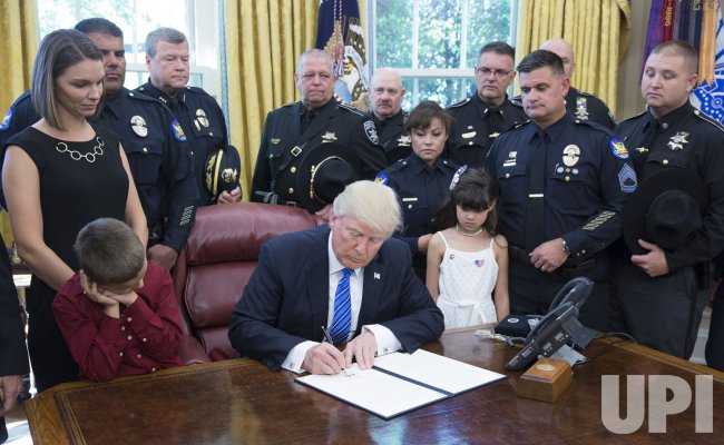 President Trump signs police proclamation