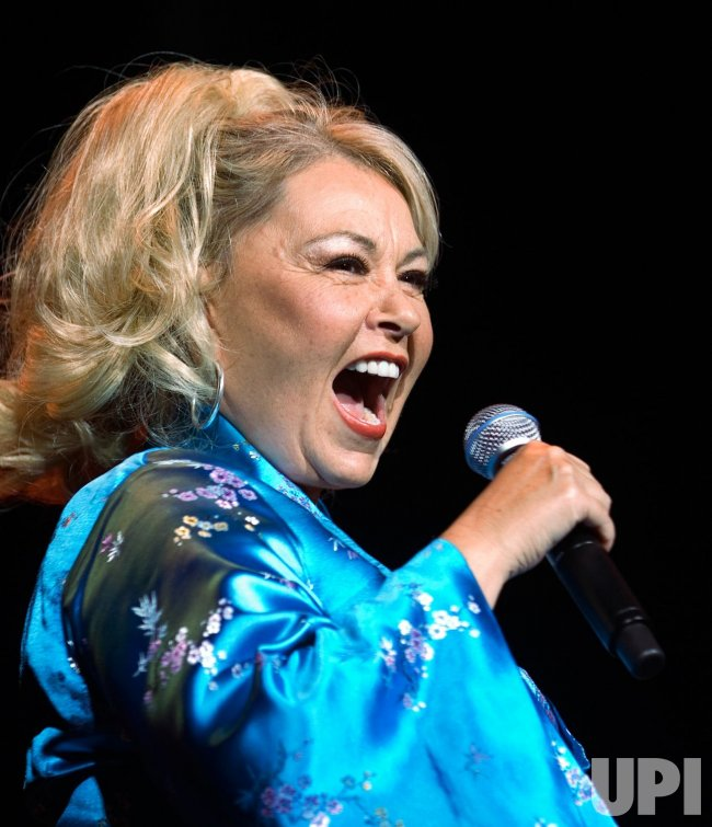 ROSEANNE BARR PERFORMS AT RED ROBINSON SHOW THEATER NEAR VANCOUVER