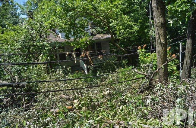 Linesmen work to restore power in Maryland