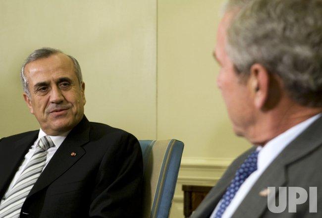 U.S. President Bush meets with Lebanese President Sleimanin Washington