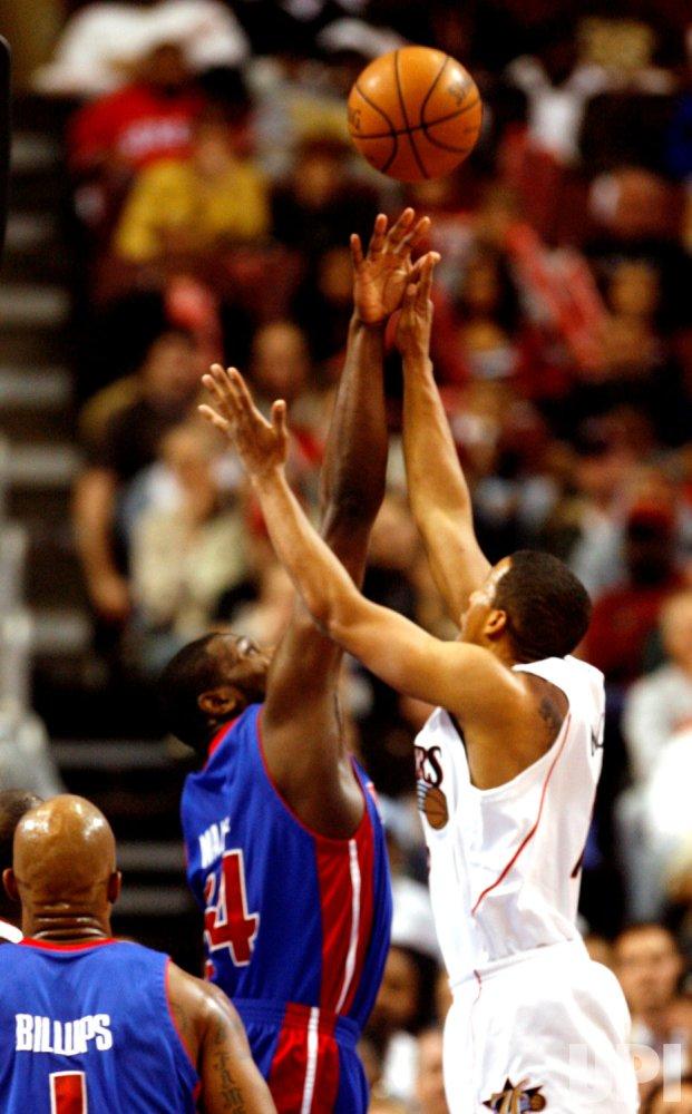 Detroit Pistons vs Philadelphia 76ers
