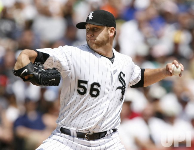 Chicago White Sox starting pitcher Mark Buehrle pitches against the New York Yankees