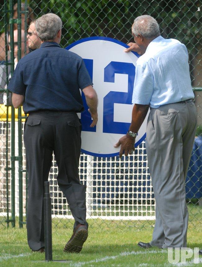 PRESIDENT BUSH HOST WHITE HOUSE TEE BALL GAME IN WASHINGTON
