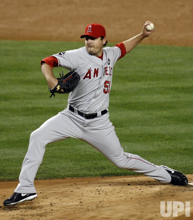 Los Angeles Angels of Anaheim starting pitcher Joe Saunders throws a pitch in the second inning of game 6 of the ALCS against the New York Yankees at Yankee Stadium in New York