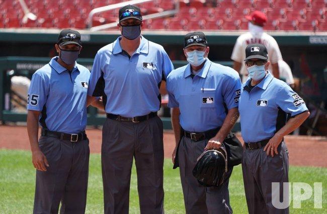 Major League Umpires Wear Masks During Game