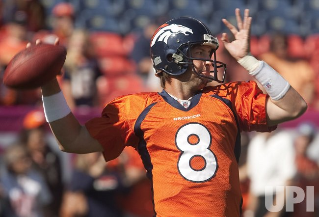 Broncos Quarterback Orton Warms Up in Denver