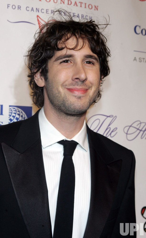 Josh Groban arrives for Gabrialle's Angel Foundation for Cancer Research Angel Ball 2010 in New York