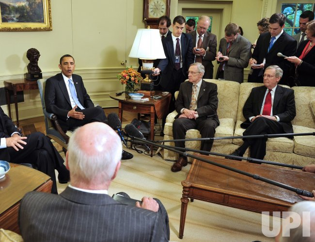 Obama Meets with Bipartisan U.S. Senate Leaders