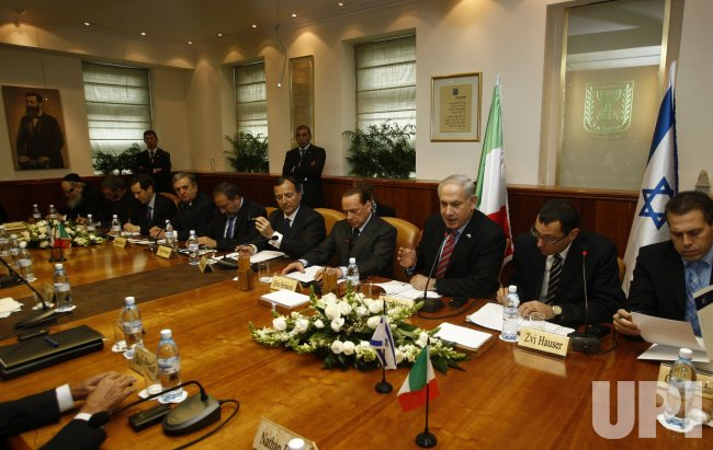 Lieberman, Frattini, Berlusconi and Netanyahu attend a joint government meeting in Jerusalem