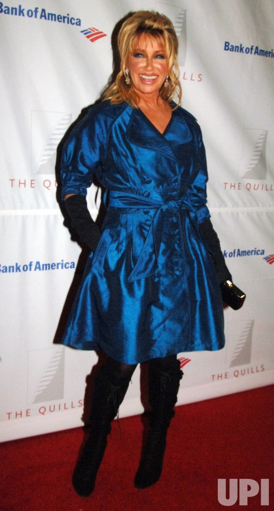 SUZANNE SOMERS ATTENDS QUILL AWARD CEREMONIES