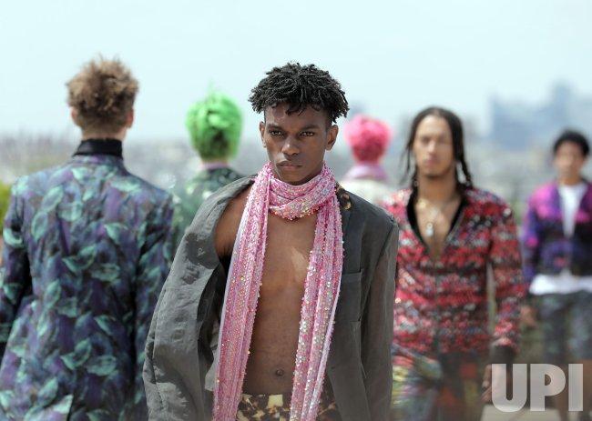 Rynshu Fashion in Paris