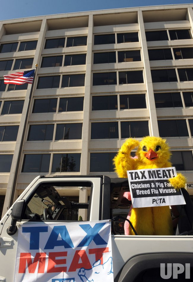 PETA demonstrators call for meat tax in Washington