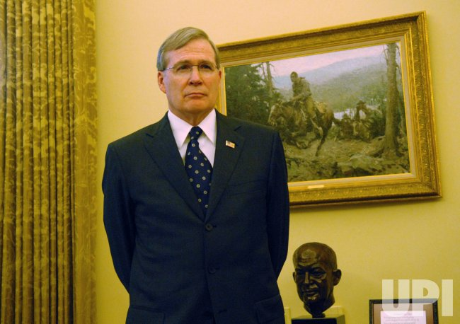 U.S. President Bush meets with Treasury Secretary Paulson in Washington
