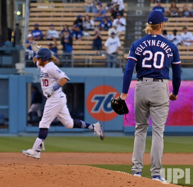 Dodgers Rout Rangers Behind Five Home Runs and Clayton Kershaw's Stellar Pitching
