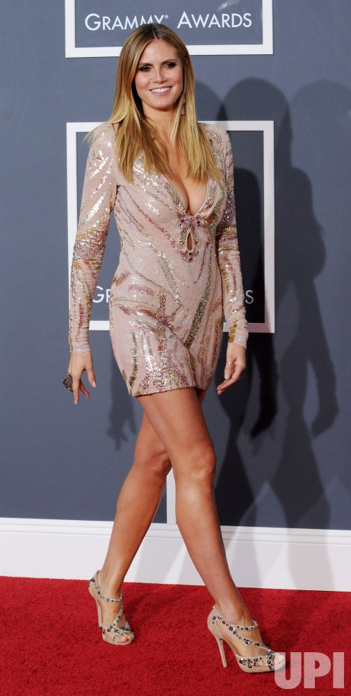 Heidi Klum arrives at the 52nd annual Grammy Awards in Los Angeles