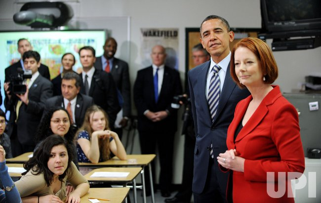 President Obama And Prime Minister of Australia Visit students in Arlington