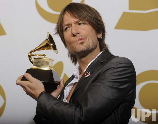 Keith Urban wins Grammy at the 52nd Annual Grammy Awards