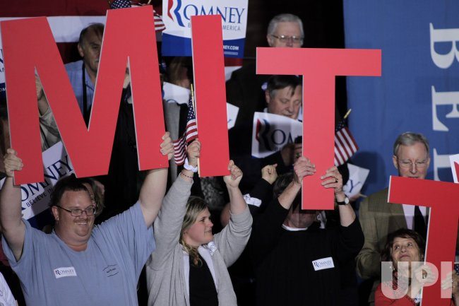 Mitt Romney supporters in Manchester, New Hampshire