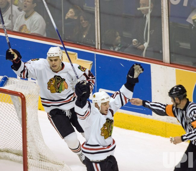CHICAGO BLACKHAWKS VS VANCOUVER CANUCKS