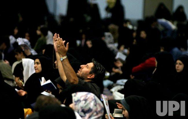 PRAYING IN RAMADAN MONTH
