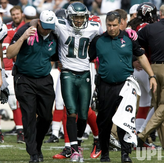 Philadelphia Eagles wide receiver DeSean Jackson is injuried during second quarter